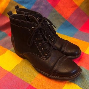 Clarks Collection Black Leather Side Zip Boot Sz 9